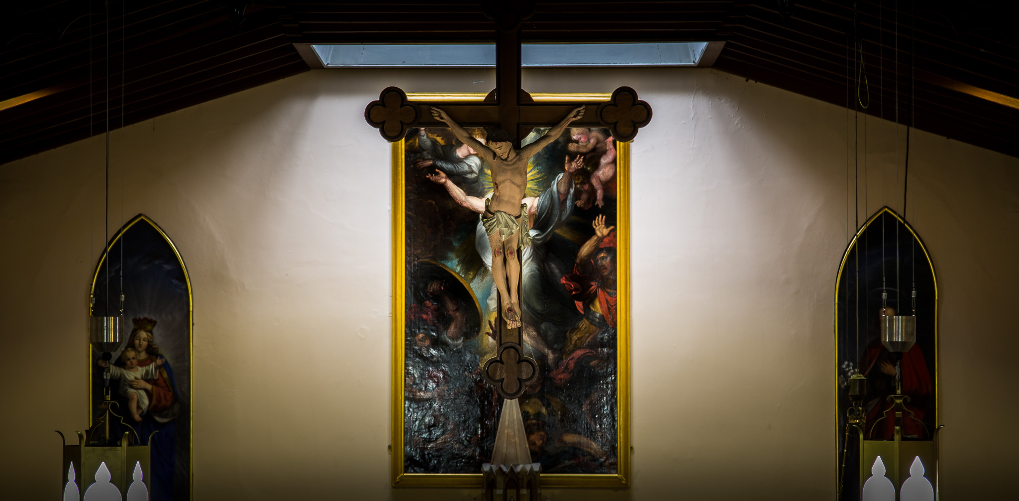 Crucifix and Resurrection